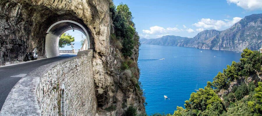 The Secret Of Why You Should Consider a Professional Car Service Rental in Positano?
